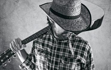 Cow-boy avec guitare